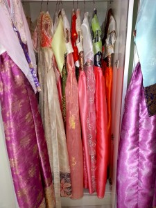 Other rental hanboks for adults.