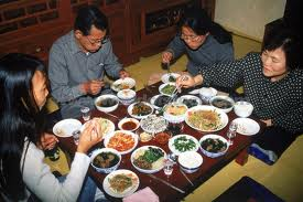 A real Korean dinner, not much different from the one shown in the soap.