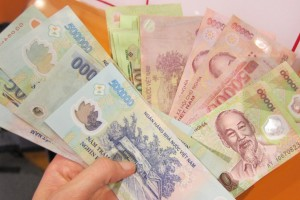 Vietnamese currency. Photo courtesy of hochiminhcitytravel.net.
