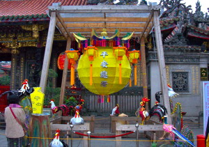 Longshan Temple, rooster display for lunar new year, 2005.
