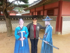 Two of the many main characters from Dae Janggeum.